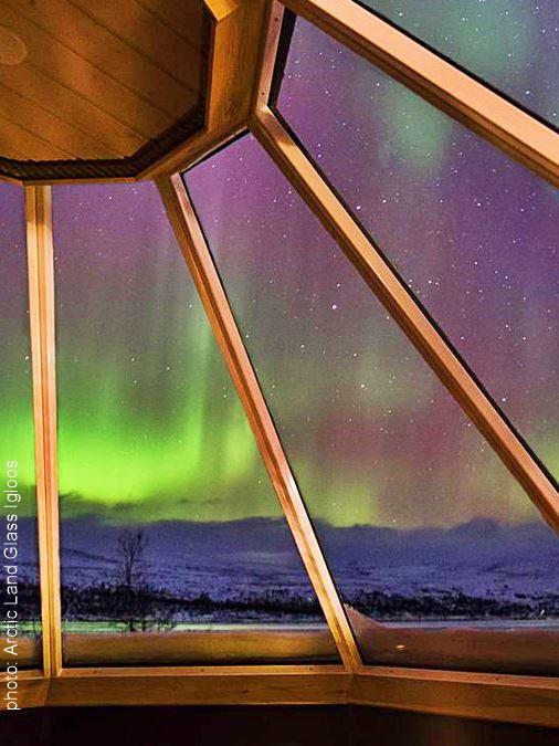 Arctic Land Adventure Glass Igloos